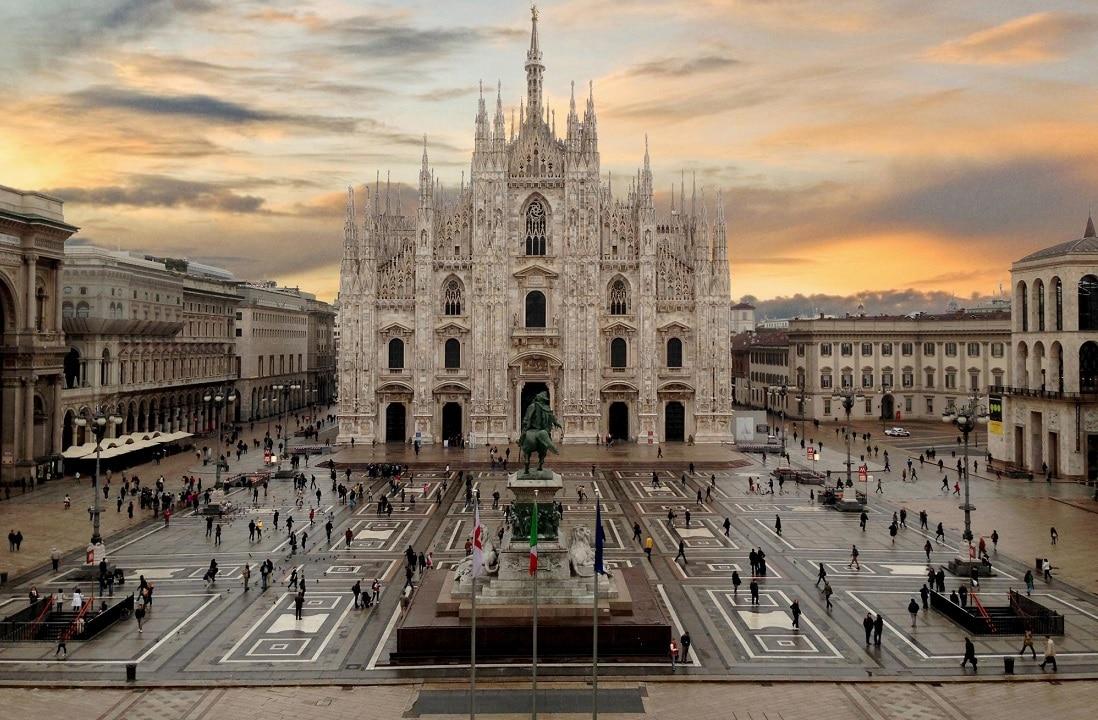 Milano La Metropoli Della Moda E Dell Arte